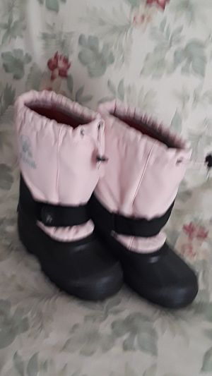 Girls snow boots for Sale in El Monte, CA