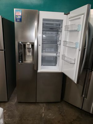 Refrigerator LG for Sale in Torrance, CA