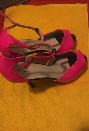 What's got pink high heels -Size 10 for Sale in Chicago, IL