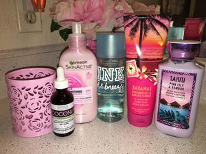 Coconut oil & lotions / spray all for $10 firm selling as bundle only for Sale in San Antonio, TX