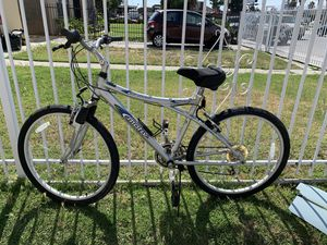 Mountain Bike for Sale in Huntington Park, CA