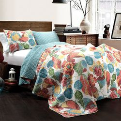 Lush Decor Layla Floral Cotton Reversible Quilt, Full/Queen, Orange/Blue, 3-Pc Set for Sale in Houston,  TX
