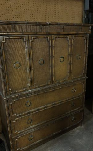 Wood Cabinet / Dresser / Bar for Sale in Miami, FL
