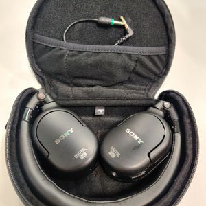 Lightly Used Sony Wired Headphone for Sale in Irvine, CA
