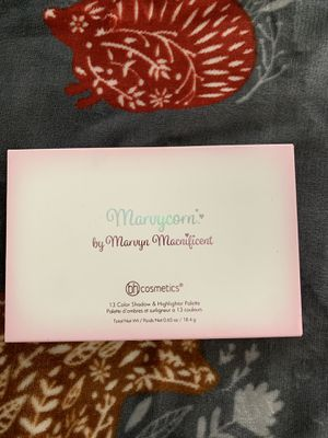 BH cosmetics X Marvyn Macnificent collab eyeshadow palette for Sale in Columbia, MO