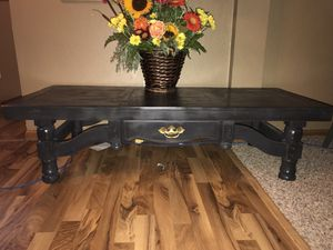 Coffee table for Sale in Mount Pleasant, MI