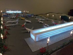 Airport Terminal model 1/400 for Sale in Tampa, FL