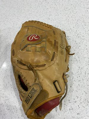 Rawlings supersize RSG1 RHT softball glove 13.5 inches for Sale in Vancouver, WA