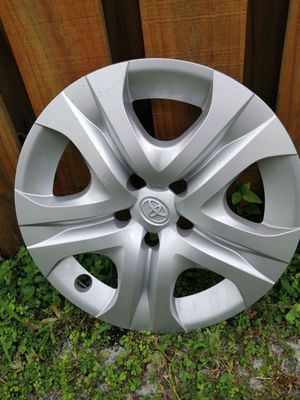 4 x Toyota Camry Hubcap for Sale in Fort Lauderdale, FL