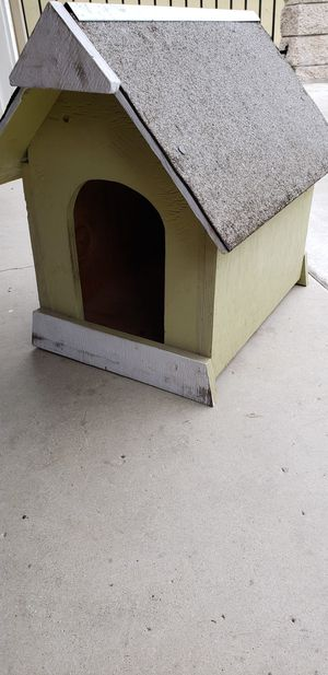 Small Dog house for Sale in Phillips Ranch, CA