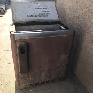 Pepsi-Cola refrigerated cooler for Sale in Ceres, CA
