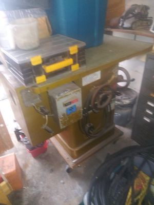 5 horsepower table saw heavy duty commercial over a hundred blades for Sale in Casselberry, FL