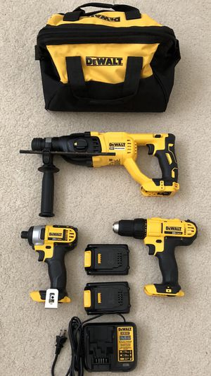 DeWalt 20v Li-Ion MAX 3-Tool Combo Kit with two batteries, charger and tool bag for Sale in Rowland Heights, CA