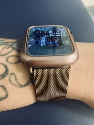 Series 5 Apple Watch for Sale in Rock Valley, IA