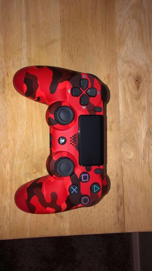 Red camo PS4 wireless controller for Sale in Riverside, CA
