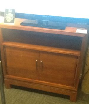 Bainbridge TV Stand for Sale in Chicago, IL