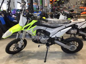 2020 Thumpstar TSX-125-C sw TSX 125c small wheel dirt bike will trade for Sale in Westford, MA