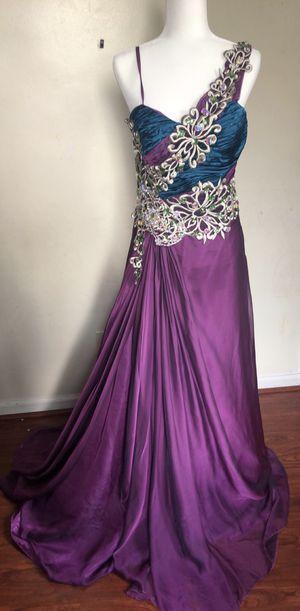 Beautiful purple prom dress for Sale in Allen Park, MI