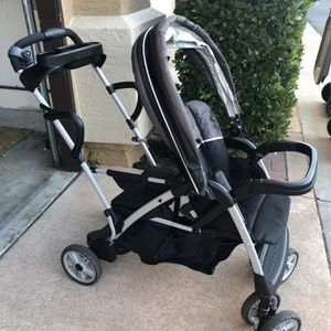 Graco Sit N' Stand Double Stroller for Sale in Santee, CA