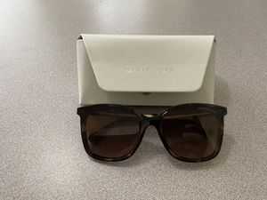 Michael Kors sunglasses for Sale in Cherry Hill, NJ