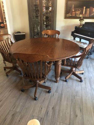 Dining Room Table for Sale in Gilroy, CA