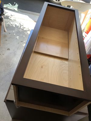 (2) shaker cabinets expresso for Sale in Murrieta, CA