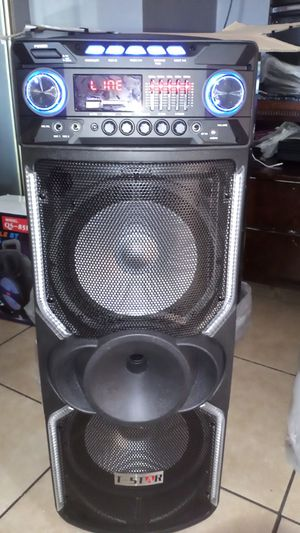 Brand New speaker in the box has Bluetooth fm am great sound base very very loud only for 200 bucks has 9000 watts watts for Sale in Phoenix, AZ