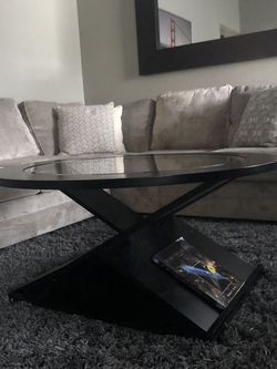 Coffe Table with Glass Top for Sale in Newark,  CA
