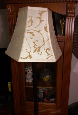 Floor lamp for Sale in Fontana, CA