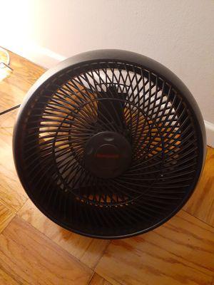 Honeywell HT-908 Turbo Force Room Air Circulator Fan Black 15 Inch for Sale in Washington, DC