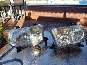 07 Tundra head lights for Sale in Miami, FL