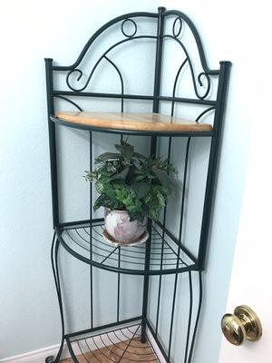 Corner shelf for Sale in Temecula, CA