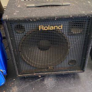 Used Roland KC-550 Amp, Perfect Sound! for Sale in San Diego, CA