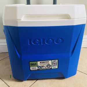 Igloo rolling cooler **BRAND NEW** for Sale in Gardena, CA