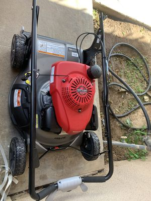 Honda lawn mower for Sale in Clovis, CA