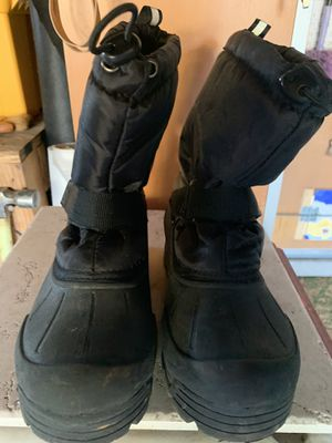 Kids snow boots size 2 for Sale in Livermore, CA