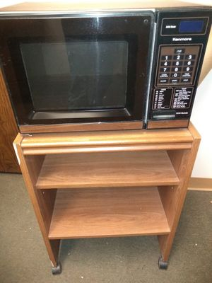 Kenmore microwave with cart. Working condition for Sale in Pomona, CA