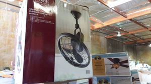 Home decorators 18 inch Bentley II indoor / covered outdoor ceiling fan for Sale in Phoenix, AZ