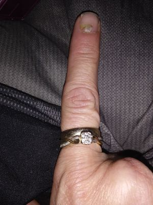 Ladies 10kt engagement ring and wedding band for Sale in Macon, GA