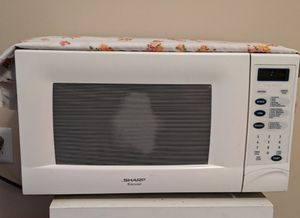 Microwave Oven, White for Sale in Savannah, GA