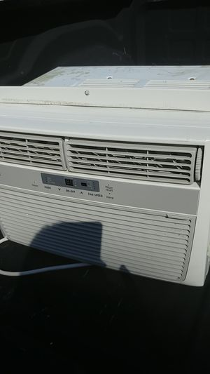 8000 BTU Frigidaire window unit for Sale in Port St. Lucie, FL