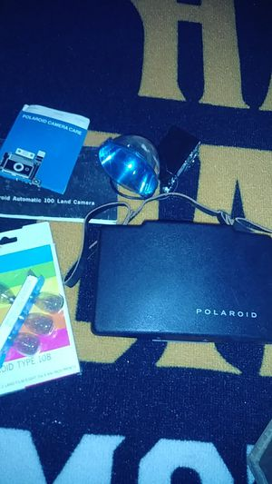POLAROID AUTOMATIC 100 LAND CAMERA COLLECTABLE for Sale in Mesa, AZ