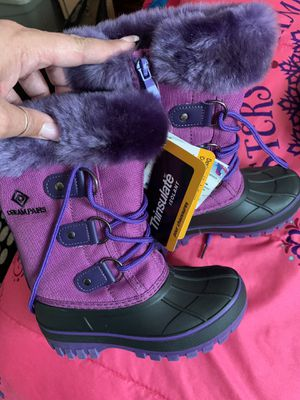 Brand new sz 11 girls snow boots. for Sale in St. Cloud, FL