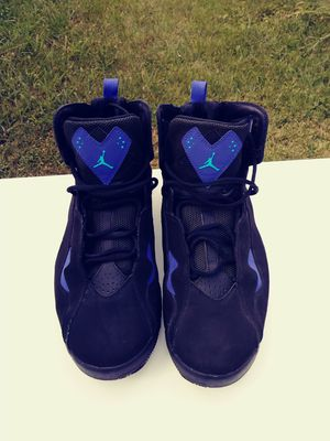 Men's Jordan's size 11 and 1/2 for Sale in Columbus, OH