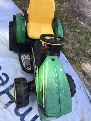 John Deere (See description) Fixer upper!Toy Truck for toddler/child for Sale in Savannah, GA