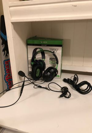 Turtle beach headset, Xbox & PS4 charger, and HUMi for Sale in Victorville, CA