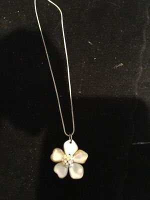 Silver chain with flower charm for Sale in Los Angeles, CA