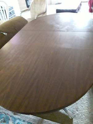 Table and 4 chairs for Sale in Colorado Springs, CO