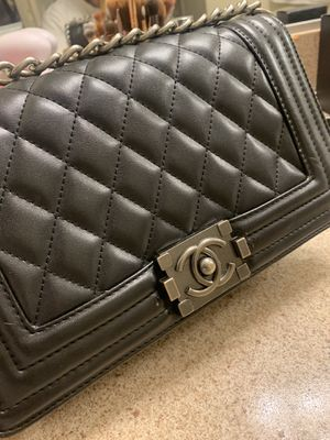 Chanel bag luxurious for Sale in Long Beach, CA
