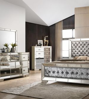 Brand new queen size bedroom set $1599 for Sale in Hialeah, FL
